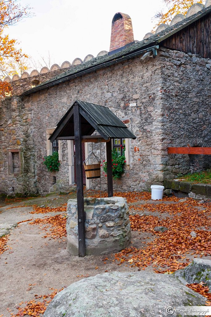 Jesien na zamku Chojnik